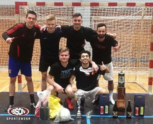 Vítězný tým futsalového turnaje podporovaného Biso Sportswear.