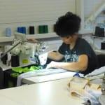 Šicí dílna výrobce dresů a sportovního oblečení Bison Sportswear.