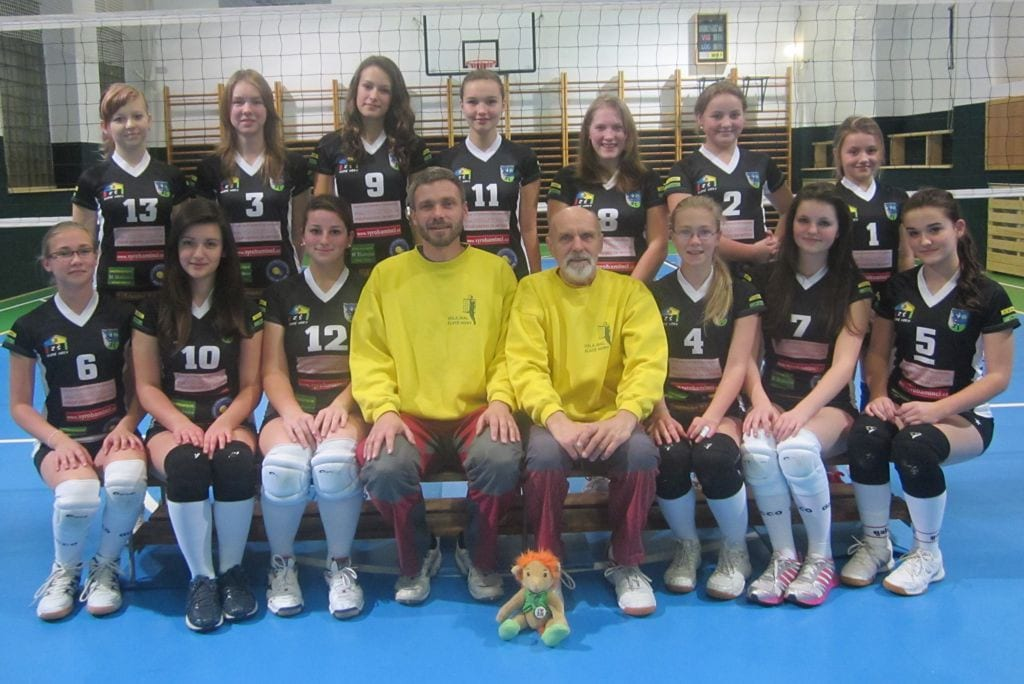 Volejbalové týmy v dresech od českého výrobce dresů a sportovního oblečení Bison Sportswear.