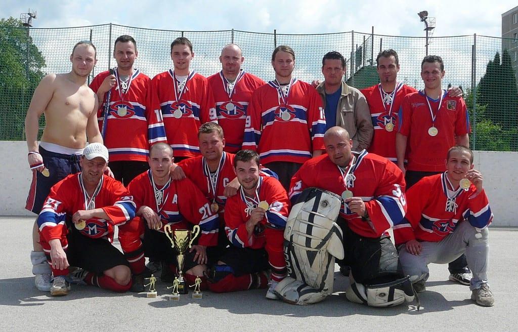 Hokejbalový tým v dresech pro hokejbal od Bison Sportswear