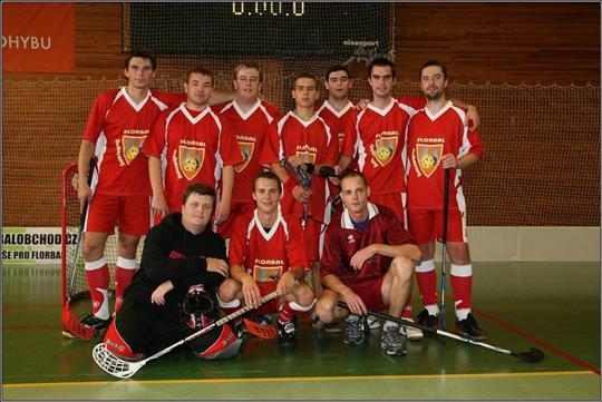 Florbalový tým v dresech Bison Sportswea