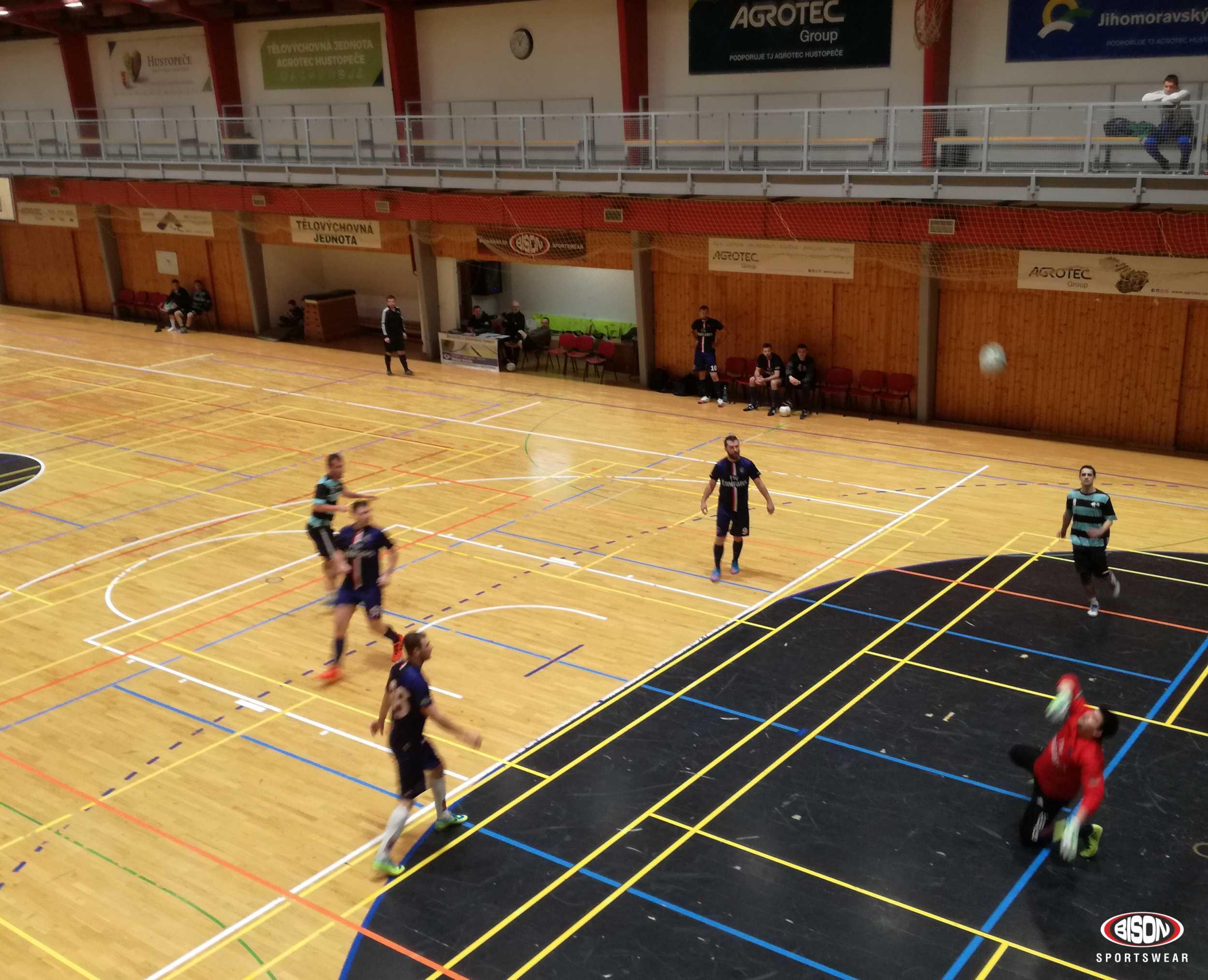 Futsalový turnaj podporovaný Bison Sportswear.