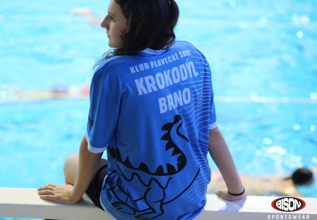 Plavecký klub Krokodýl Brno v oblečení Bison Sportswear.